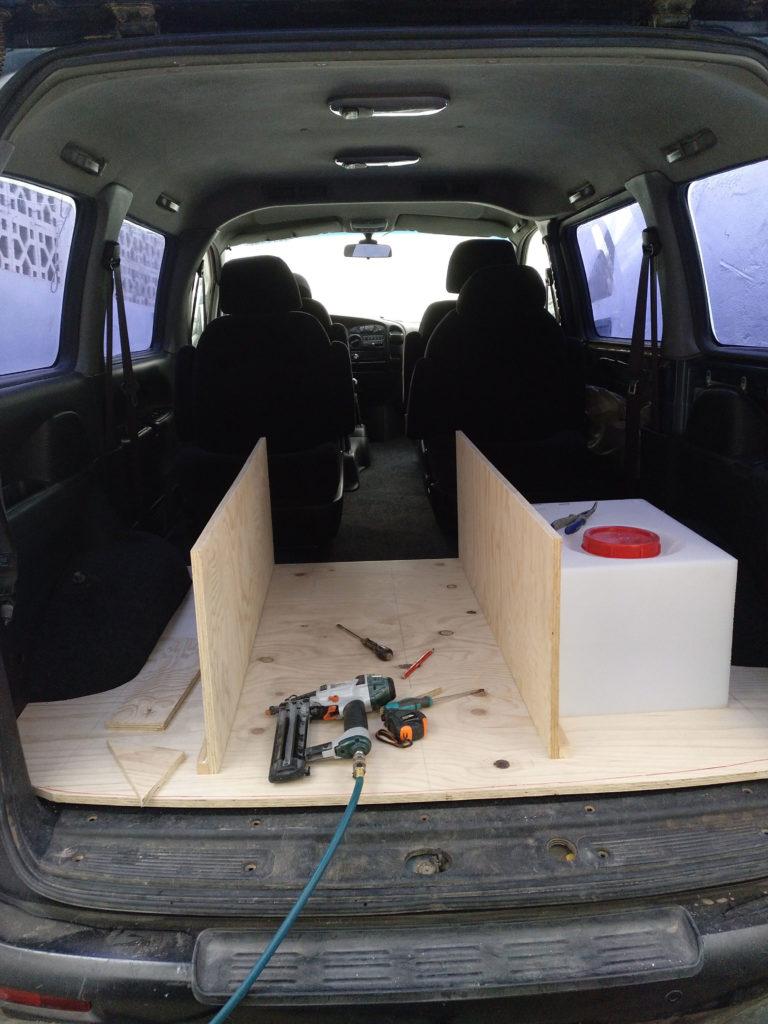 Base del mueble cama con cajon y deposito de agua