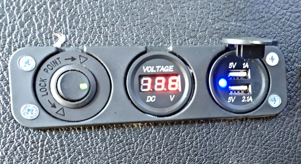 voltimetro 12v para bateria auxiliar toyota hiace autocaravana